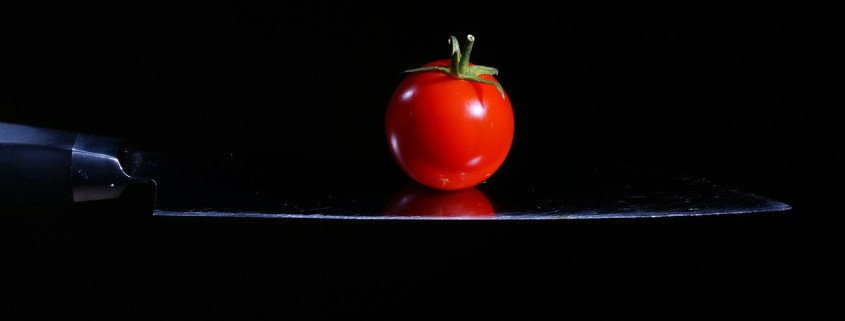knife skills tomato